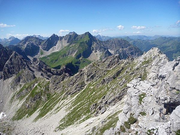 Der Klettersteig vom Einstieg aus gesehen