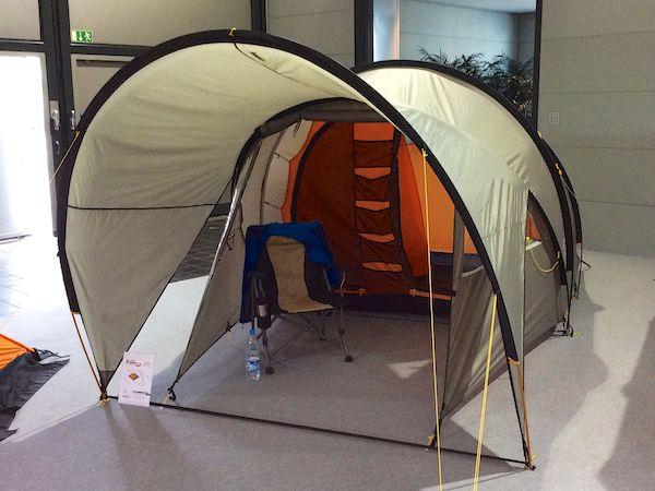 Wechsel baut wieder große Zelte