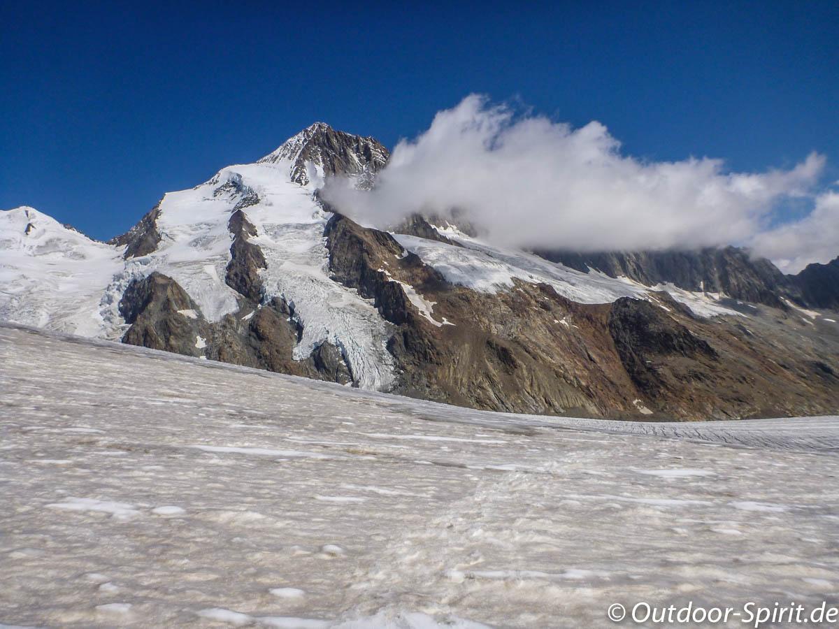 Das Finsteraarhorn (4274 m)