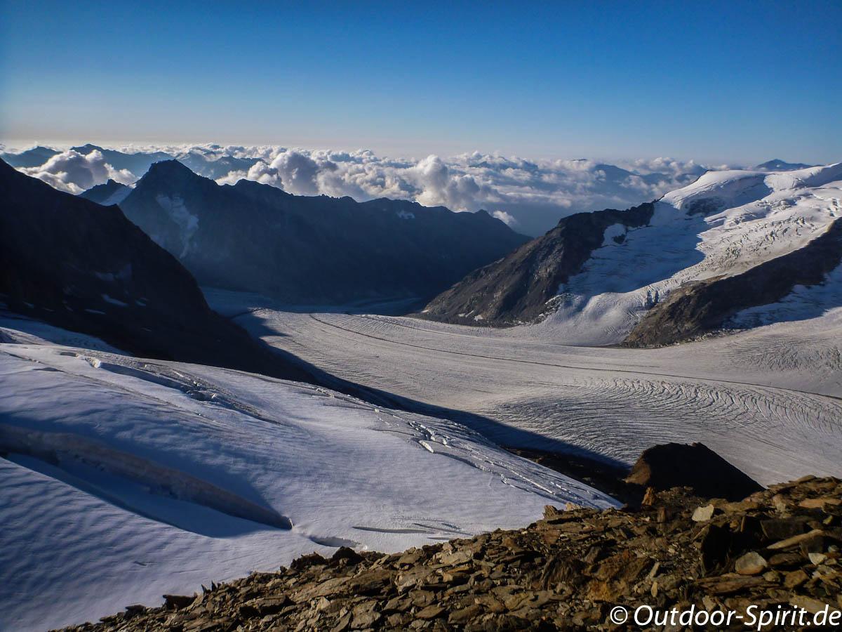 Der untere Gletscher oberhalb der Hütte