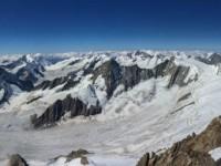 Fantastisches Panorama vom Gipfel