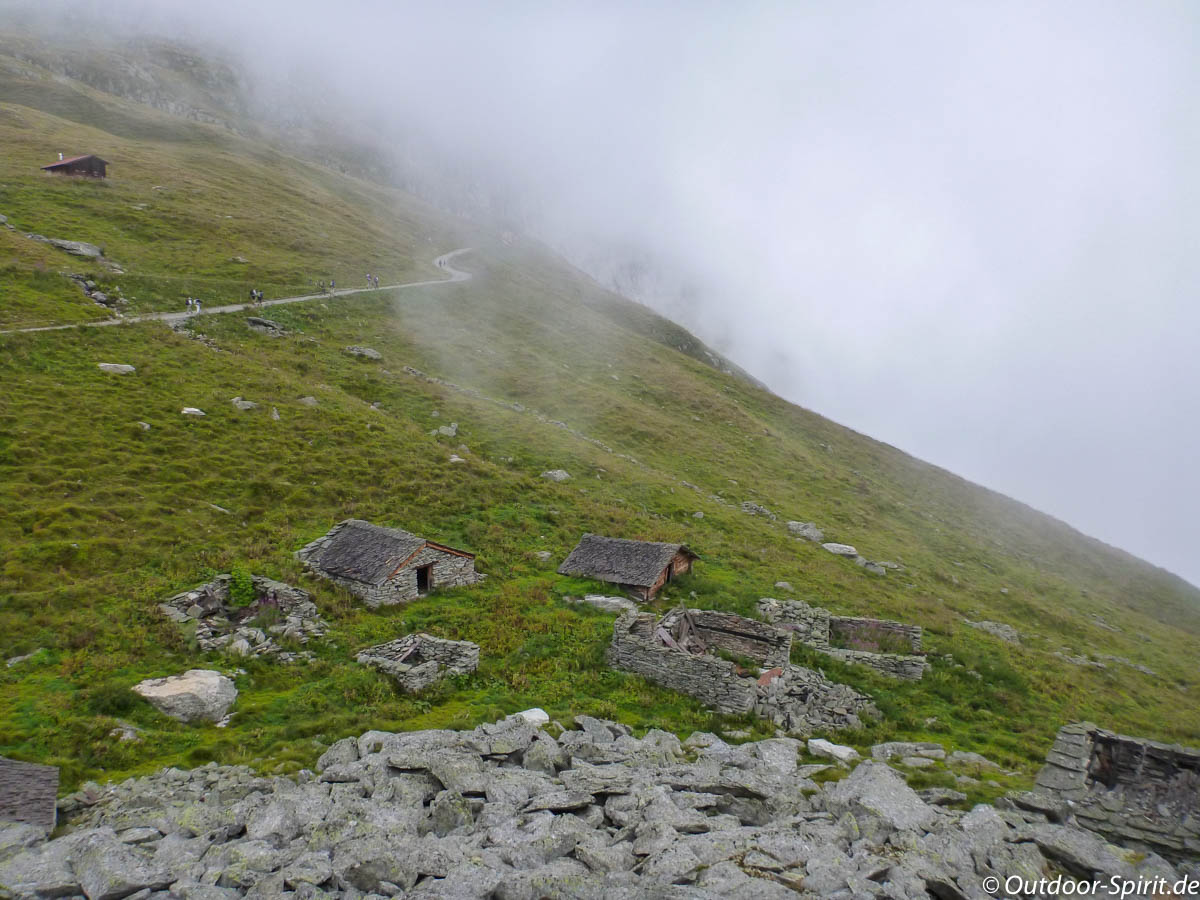 Auf dem Weg zum Gletscher (Foto: Burkhard Rose)