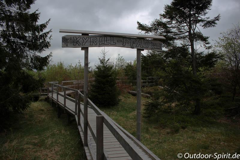 Eingang zum Kyrill-Pfad