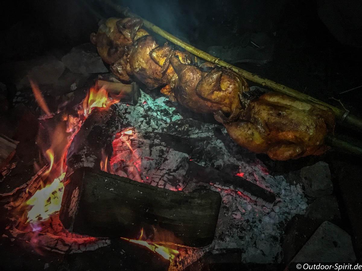 Lecker Hähnchen vom Feuer