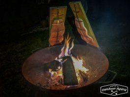 Flammlachs an der Feuerschale