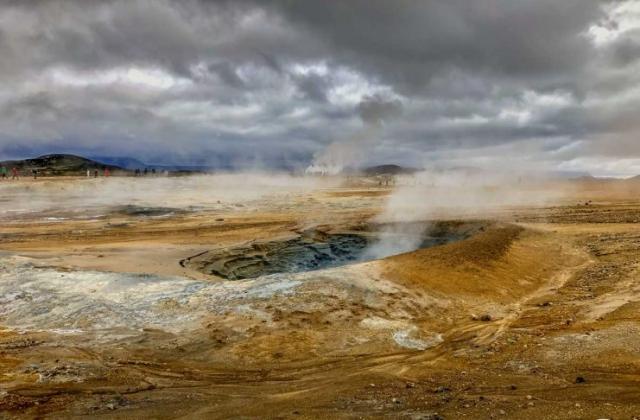 Hverir - Ein geothermisches Areal